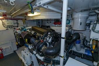 LEXUS LADY 98 Engine Starboard