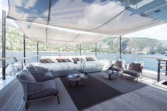 Sundeck Lounge