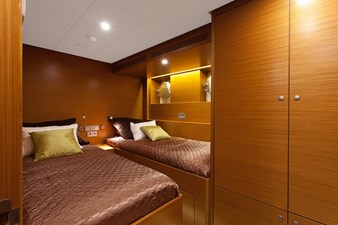 ANDROS 78' Aluship Guest Stateroom 1 (Small)
