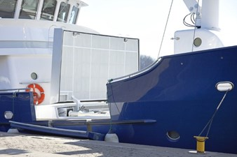ANDROS 78' Aluship Deck 3 (Small)
