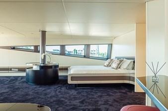 ROYAL FALCON ONE 15 Interior on web 8