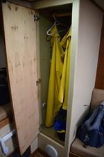 Hanging garment locker
