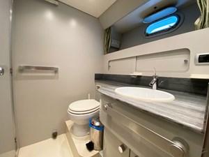 Viudes 83 24m Motor Yacht - Bathroom