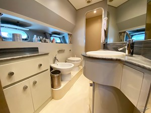 Viudes 83 24m Motor Yacht - Bathroom Master