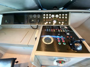 Viudes 83 24m Motor Yacht - Chart Table