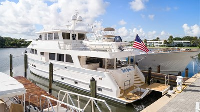 RUFF SEAS 6 RUFF SEAS 2018 OUTER REEF YACHTS 860 DBMY Motor Yacht Yacht MLS #259624 6