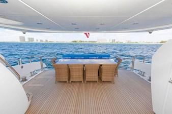 105-ft-2004-Sunseeker-Yacht-02
