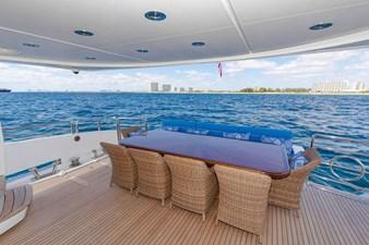 105-ft-2004-Sunseeker-Yacht-04