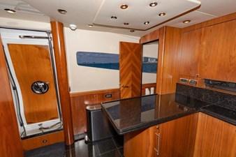 105-ft-2004-Sunseeker-Yacht-28