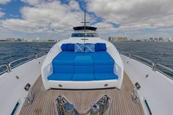 105-ft-2004-Sunseeker-Yacht-20