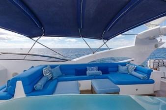 105-ft-2004-Sunseeker-Yacht-11