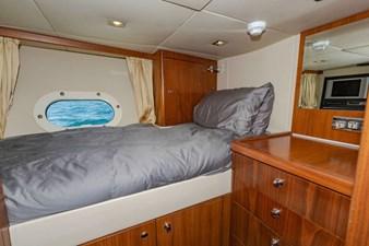 105-ft-2004-Sunseeker-Yacht-46