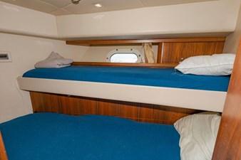 105-ft-2004-Sunseeker-Yacht-43