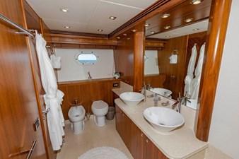 105-ft-2004-Sunseeker-Yacht-35