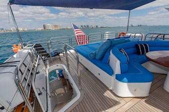 105-ft-2004-Sunseeker-Yacht-18