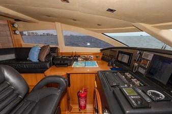 105-ft-2004-Sunseeker-Yacht-63