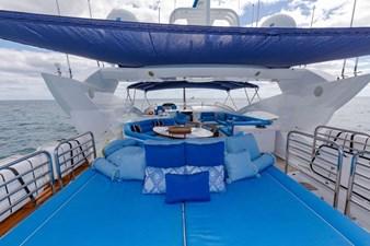 105-ft-2004-Sunseeker-Yacht-15