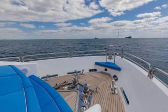105-ft-2004-Sunseeker-Yacht-21