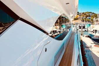 98-ft-2010-Sunseeker-30-Metre-Yacht-07