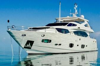 98-ft-2010-Sunseeker-30-Metre-Yacht-02