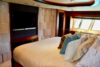 98-ft-2010-Sunseeker-30-Metre-Yacht-45