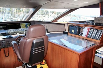 98-ft-2010-Sunseeker-30-Metre-Yacht-37