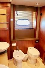 98-ft-2010-Sunseeker-30-Metre-Yacht-48
