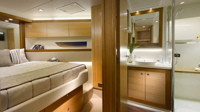 Riviera-545-SUV-Forward-Stateroom-Ensuite-Satin-Oak-Timber-Finish