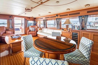 Dining/Salon Looking Aft