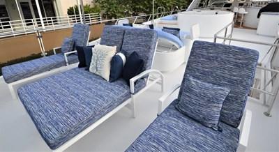 Flybridge Aft Lounge Chairs