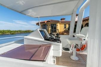 - 11 102-1989-Oceanfast-Motor-Yacht-07