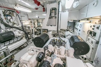- 33 102-1989-Oceanfast-Motor-Yacht-33