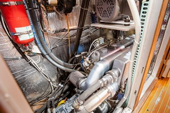 35-Engine Comp 1 (Large)