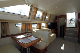44-2004-Carver-Cockpit-Motor-Yacht-05