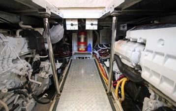 44-2004-Carver-Cockpit-Motor-Yacht-21