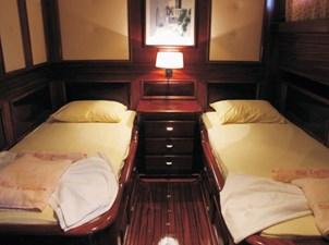 cabina con letti in piano (FILEminimizer)