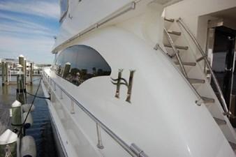 2004 Hargrave 68 Motoryacht 8