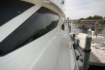 2004 Hargrave 68 Motoryacht 19