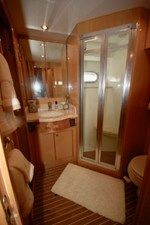 2004 Hargrave 68 Motoryacht 22