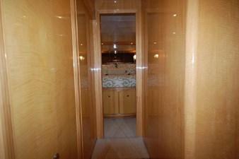 2004 Hargrave 68 Motoryacht 38