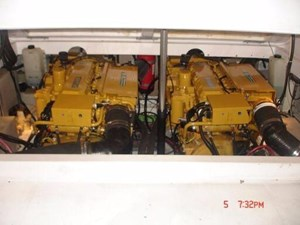1999 Pro-Line 3310 Sportfish 9 10