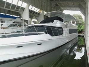 Bluewater Yacht MG 1 2