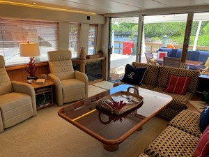 10 Starboard View Salon Looking Aft