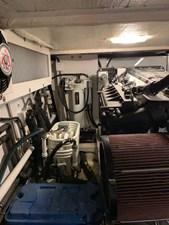 52 Engine Room Mechanicals Stabilizer Oil Reservoir