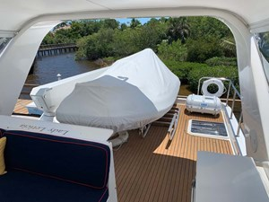 45 Flybridge Boat Deck with Hydraulic Davit