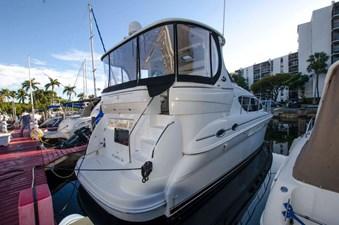 - 2 39-2004-Sea-Ray-Motor-Yacht-02