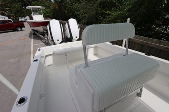 24_2017 27ft Dusky 278 Center Console
