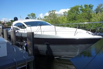 FINTA 27 At dock