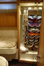 FINTA 7 Twin guest closet