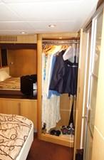 FINTA 11 Master closet